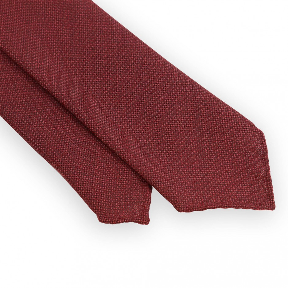 Unlined wool red tie