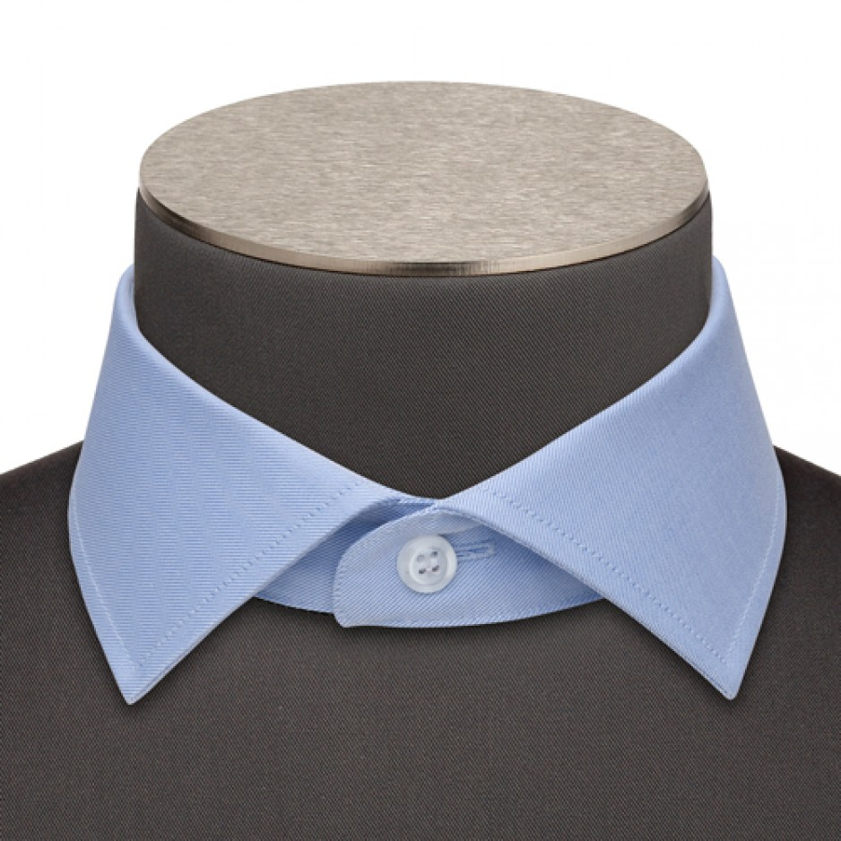 Small Italian Cutaway Collar