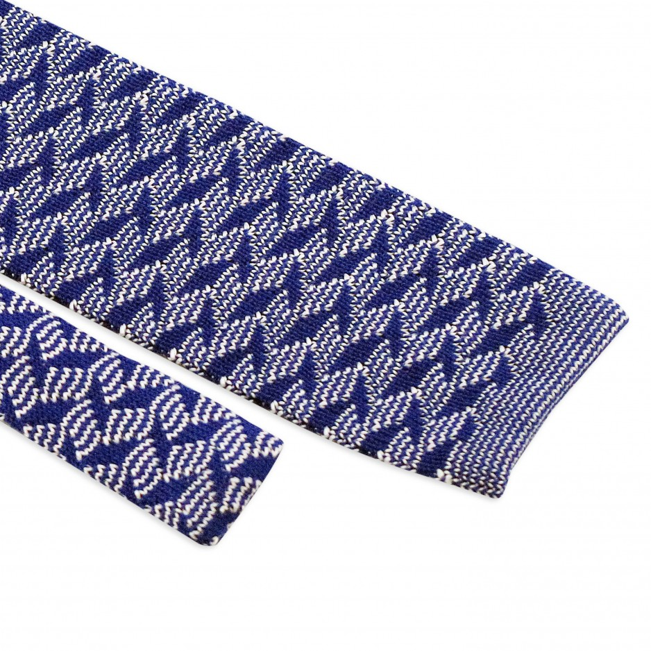 Blue Tie Zigzag Patterns