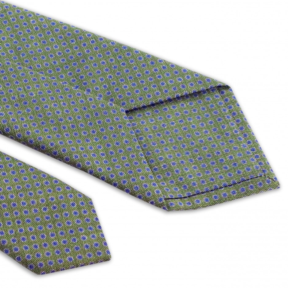 Tie Green With Blue Points
