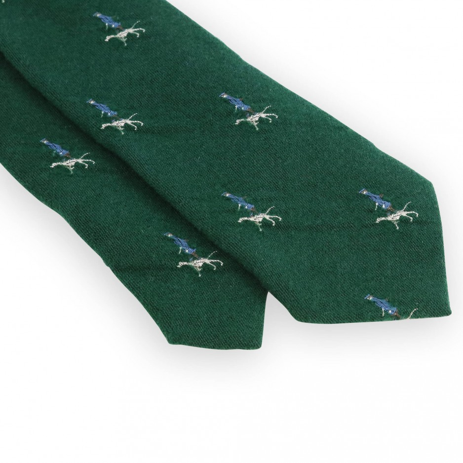 Green tie with hunter pattern
