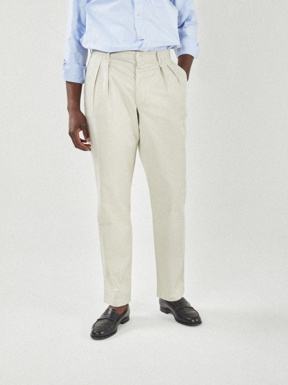 Chino with 2 pleats beige twill