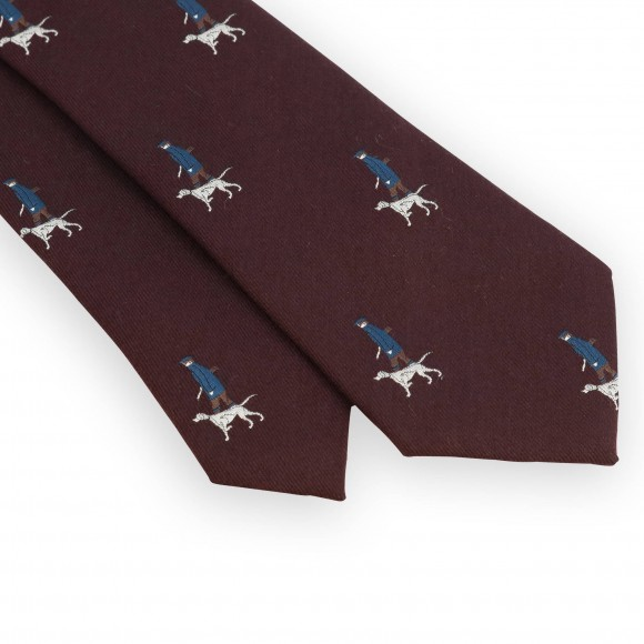 Bordeaux tie with hunter pattern
